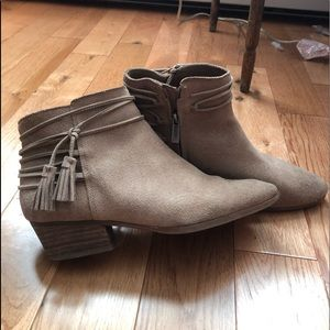 Women's Vince Camuto Booties
